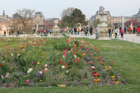 Jardin des Tuileries looking toward the Louvre