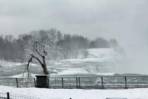 Niagara Falls, March 2014