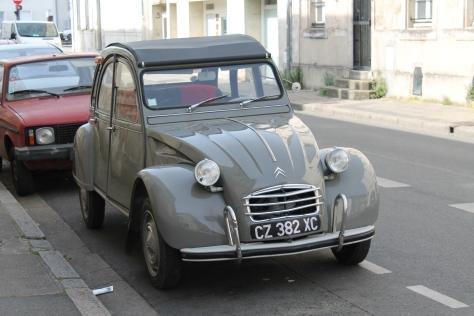 Citroën 2CV – Classic French Car