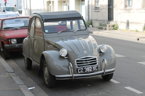 Citroën 2CV – Classic French Car