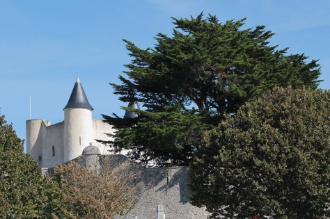 Château de Noirmoutier -- No time to tour it!
