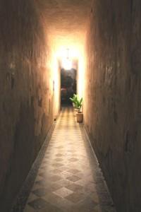 Diagonal Tile Alley