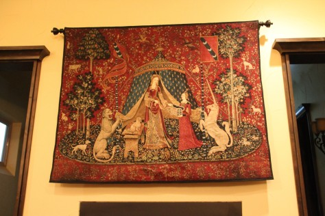 Replica of my favorite tapestry -- À mon seul désir