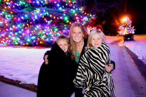 Bailey, Chelsea and Felicity checking out the lights